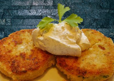 Blumenkohl-Kartoffeltaler mit Käuterquark