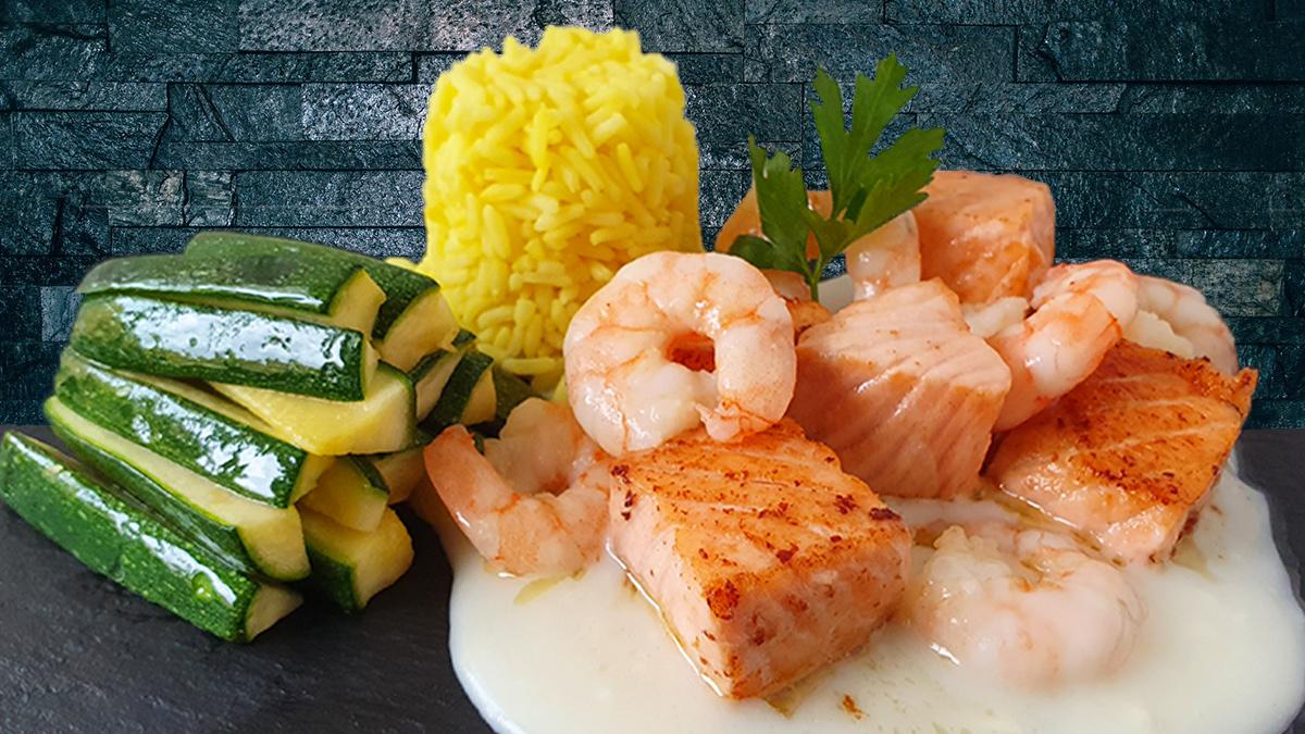 Rezept Lachs mit Shrimps auf Weißweinsoße